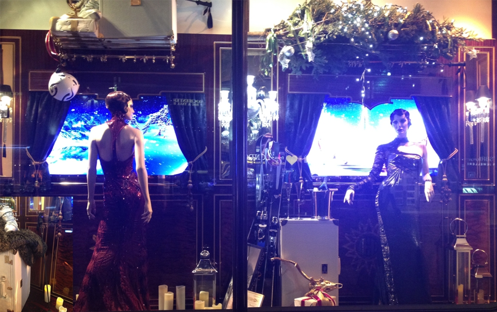 Harrods Holiday Window- Competing sisters