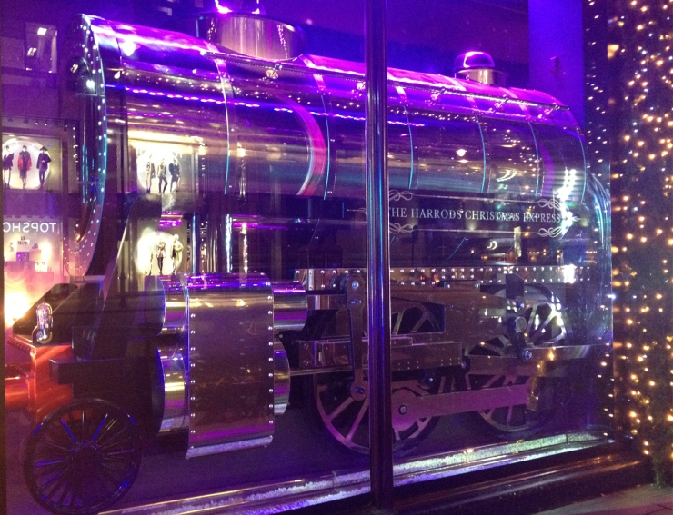 Harrods Holiday Window-TRAIN