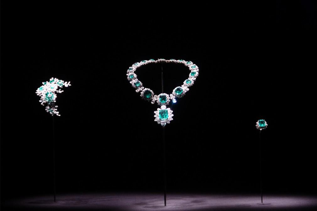 v&a dame liz's jewels