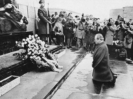Willy Brandt- Warsaw Ghettos Uprising